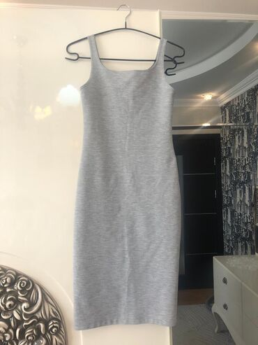 zhenskie platya iz dvunitki в Азербайджан: Платье Свободного кроя Zara S