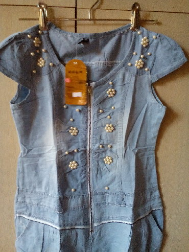 платье нарядное в Кыргызстан: Продаю новые, джинсовые, нарядные платья для девочек