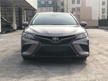 Toyota - Бишкек: Toyota Camry 2.5 л. 2018 | 38000 км