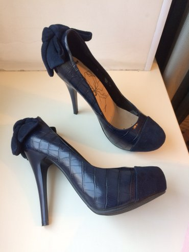 Продаю туфли 38 размер. отдам за 1200 сом.   в Бишкек