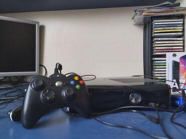 Xbox 360 & Xbox - Azərbaycan: Xbox 360 satılır. (Qutusu da var)Pultu işliyir. (Batareka yeri