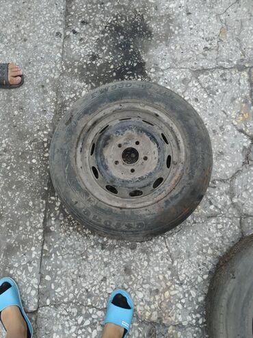 железные диски r14 в Кыргызстан: Продаю диски железные R15 3 шт и 1 шт R14 за все прошу 3500 или меняю