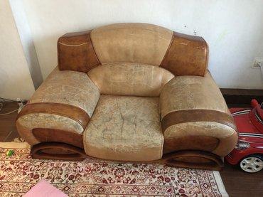 Продаю кожанную мебель четверка, в хорошем состоянии прошу 25000  сом, в Бишкек