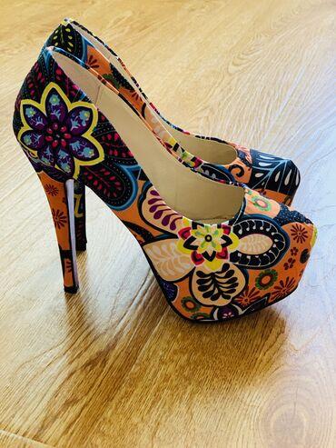 Личные вещи - Чаек: Продаю туфли 37 размера, новые. Очень удобные, высота каблука 10 см