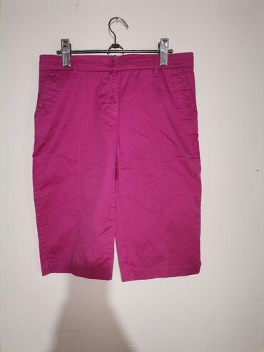 C&A 3/4 pantalone bez ikakvih ostecenjaVelicina LPoluobim struka