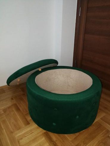 Moderno tabure sa poklopcem. Nov. Postoji mogucnost izrade po - Belgrade