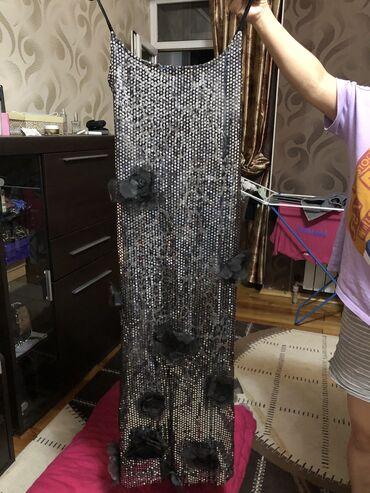 Продаю вечернее платьеОчень красивоеШила на заказ за 5000Надела один
