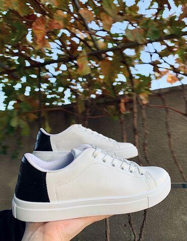 Совершенно новая обувь  Заказывали с Турции Размер 38