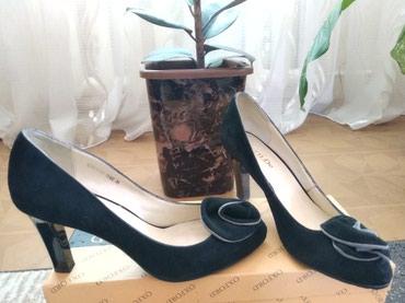 туфли одеты один раз в Кыргызстан: Туфли замша, 37, один раз одеты, нога широкая, поэтому больно было