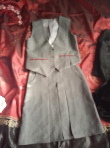 блузки для школы в Кыргызстан: Одежда для нач.школы в идеальном состоянии,блузка