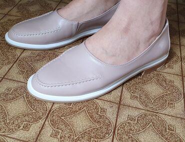 купить женскую обувь недорого в Кыргызстан: Женская обувь! Новые! 39й размер!