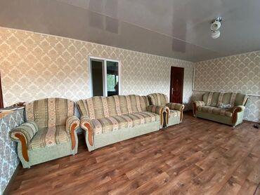 Мебель - Беловодское: Продаётся диван в комплекте 3 кресла. В хорошем состоянии