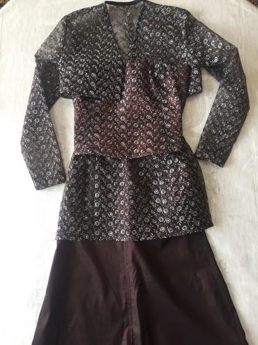 длинные вечерние платья с длинным рукавом в Кыргызстан: Красивый вечерний наряд для тонкой стройной девушки. В идеальном состо