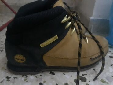 Timberland boot, New model, used only 2 months, Orginal. Waterproof