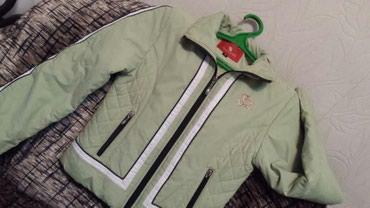 Куртка на девочку 8-12 лет в отличном состоянии. Деми. 300 с. в Бишкек