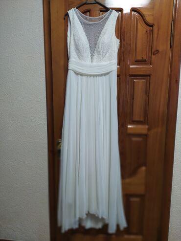 платье в пол на выпускной в Кыргызстан: Платье Вечернее Dolcedonna M