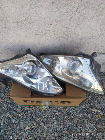 lexus px в Кыргызстан: Передние фары на RX 330,350 состояние хорошее