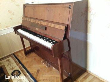 """Bakı şəhərində Moskva istehsalı """"Lirika"""" markalı, 3 pedallı piano satılır. Çox"""