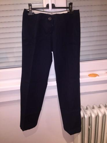 Pantalone-elegantne - Srbija: Jednom nosene,sportsko-elegantne,teget pantalone,odgovaraju velicini