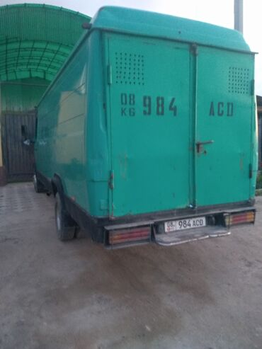 Транспорт - Ивановка: Daimler 4 л. 1991   618999 км