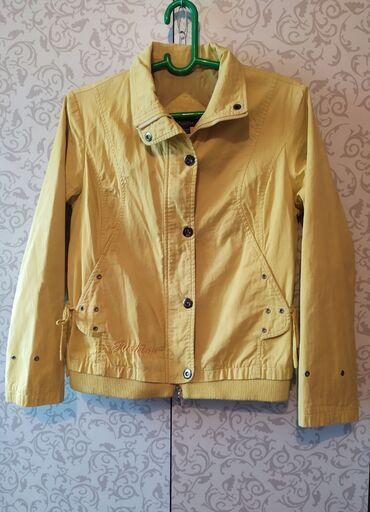 Куртки - Лебединовка: Куртка лёгкая женская.б/у в хорошем