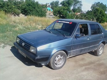 Volkswagen Jetta 1984 в Бишкек