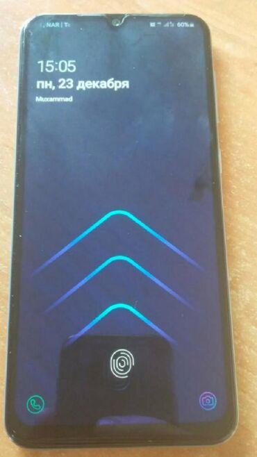 Samsung a 50 4.64Qutusu var.ustada olmiyib.barmag izi islekdi.keramik