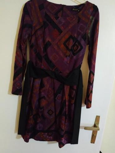 Haljina za jesen u divnim bojama, kao nova. Ima traku za vežbanje oko - Belgrade