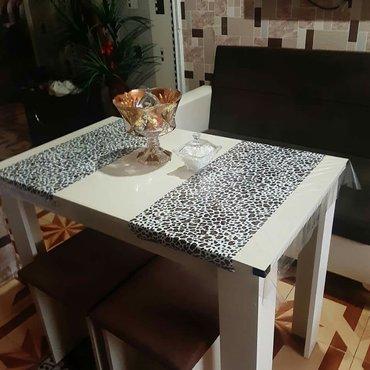 Divan stol iki stul ela vezyetdedi satilir 300 azen unvan hezi aslanov