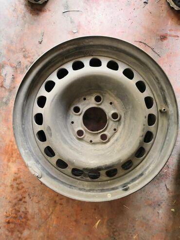 железные диски на 15 в Кыргызстан: Продаю два родных железных диска на 124 мерс 15 размер
