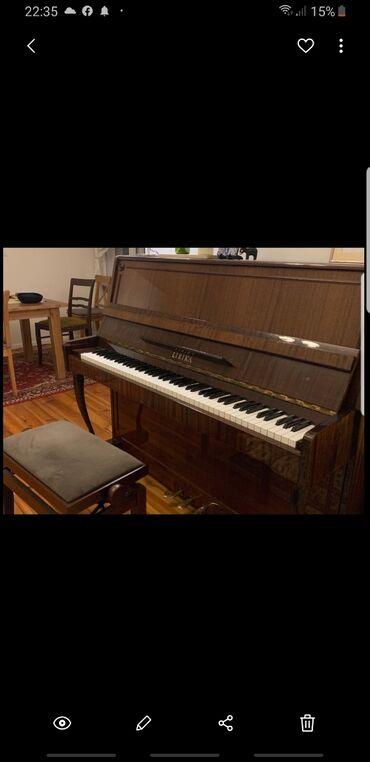Pianino LIRIKA. 3 pedalli. Ayaglari figurni. Brend