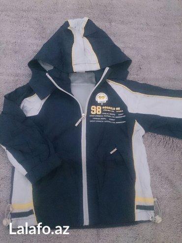 Bakı şəhərində куртка-ветровка на 3-4 года