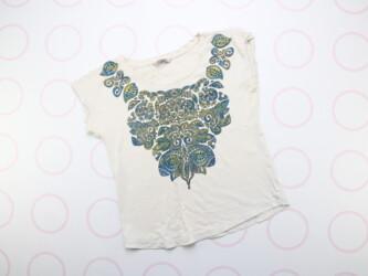 Женская футболка с принтом M&S Collection  Нюансы: есть не большое