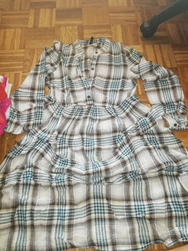 Pre - Srbija: Pre pre divna haljina za svaku priliku