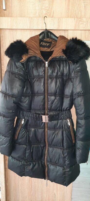 posao slovacka in Srbija   OSTALI POSLOVI: Dugacka zimska jakna,toplo postavljena sa krznom na kapuljaci koji se