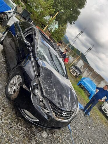 - Azərbaycan: Hyundai Sonata 2.4 l. 2011 | 134000 km