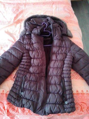 Zimske-jakne - Srbija: Zimska jakna u ekstra stanju, malo nošena