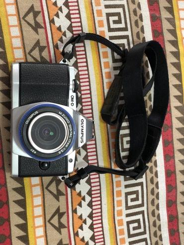 Продаю olympus om-d em5 отличная камера... 16.90 в Бишкек
