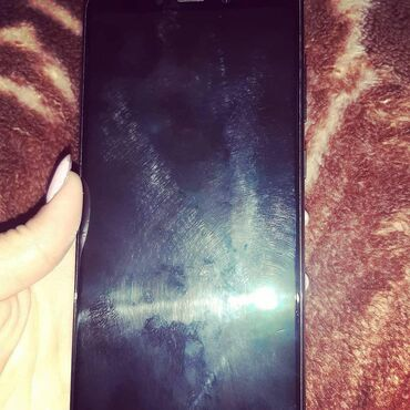 | Dəliməmmədli: Samsung Galaxy a9 işlənmiş reqisdirasya olunluyub əgər isdesez 1