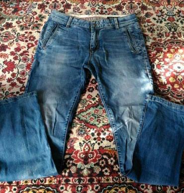 Мужские джинсы в отличном сост.,но в Бишкек