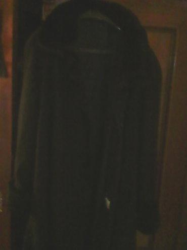 Runska vuna - Srbija: Crni kaput kao nov, par puta nosen svega, krno na rubovima, 50%