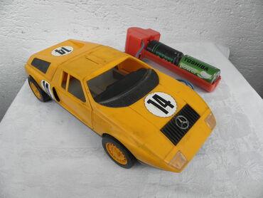 Mehanotehnika Mercedes C 111, na daljinski, ima crveni daljinac bez