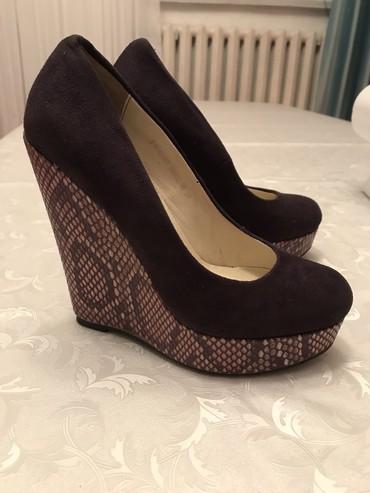 Продаю обувь замша 36 р цвет фиолетовый в Бишкек