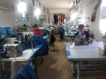 ищу подработку на субботу воскресенье в Кыргызстан: Швея Прямострочка. С опытом