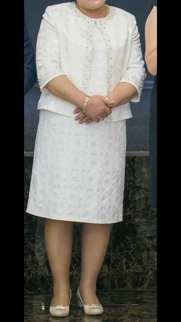вечерние платья 50 размера в Кыргызстан: ПРОДАЮ платье с жакетом, двойка,  производство ТУРЦИЯ  после химчистки