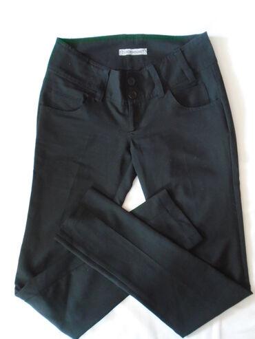 Poslovne pantalone - Srbija: Clockhouse crne poslovne pantalone, nošene ali očuvane, veličine 40