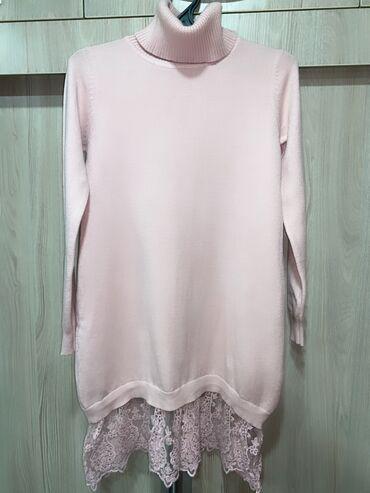 Платье тёплое короткое Италия размер S-m . стоило дорого