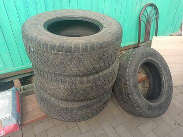 Транспорт - Чолпон-Ата: Продам комплект зимней резины липучка, размер с прадика 95