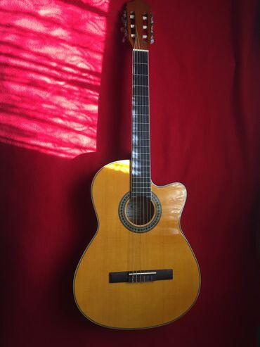 Musiqi alətləri - Bakı: Akustik gitara almaq səbəbi ilə, klassik gitarani satıram. Gitara idea