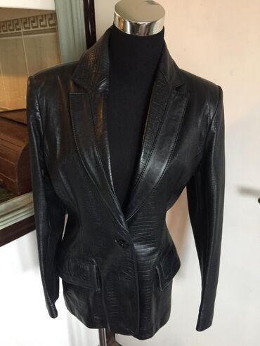 Prelepa i strukirana nova kozna jakna, original Aries,velicina 42 ali